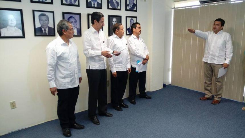 Toma de protesta del Lic. Antonio Bolaños Gutiérrez como director de la Escuela de Lenguas Tapachula